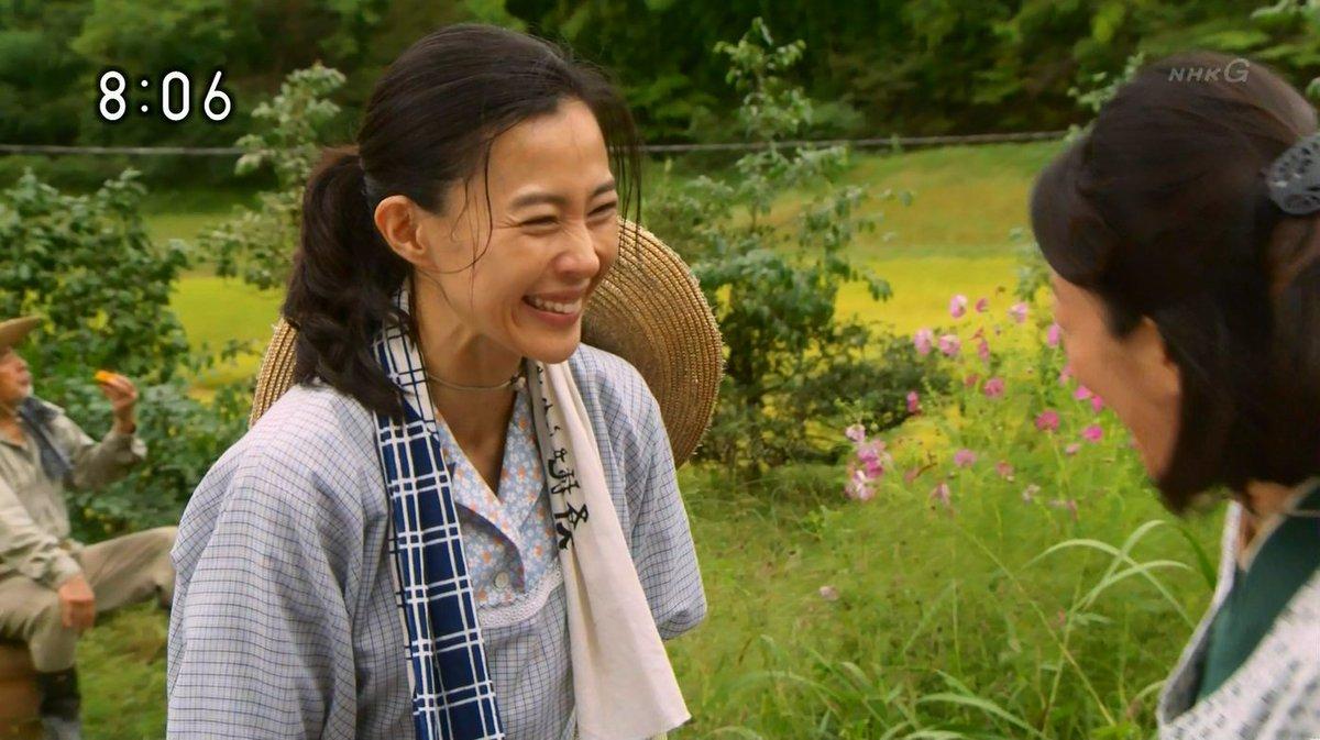 NHK朝の連続テレビ小説「ひよっこ」のヒロイン、みね子のお母さん。谷田部美代子(やたべみよこ)役演じる木村佳乃(きむらよしの)さん。