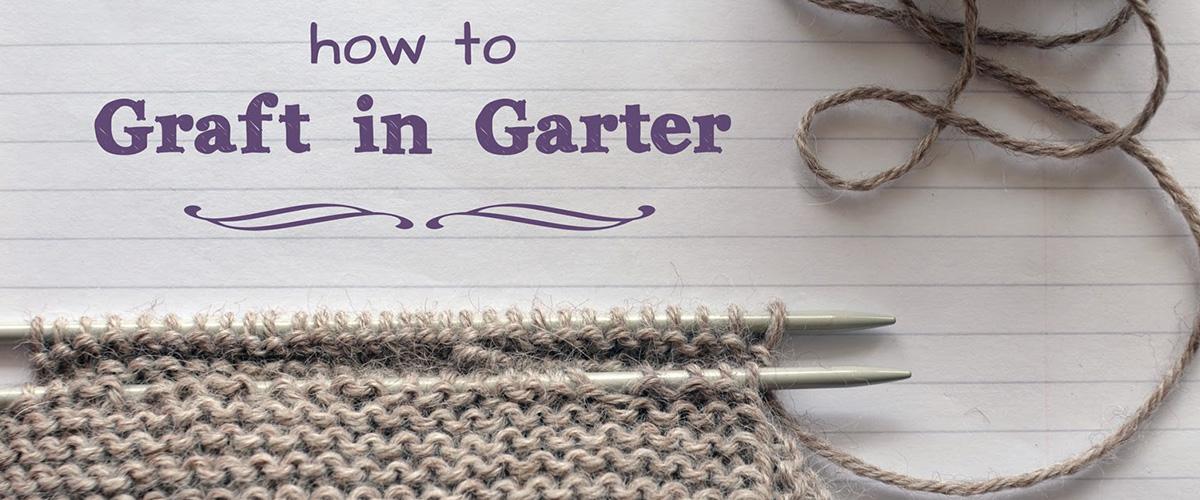 「ガータービッグクルーネックセーター」の「ガーター」とはどういう意味?英語で「Garter stitch(ガーター・ステッチ)」と言われる「ガーター編み」になるとの事。