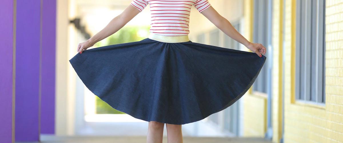 「サーキュラースカート」とはどういう意味?英語で「circular skirt」と記述するとの事。