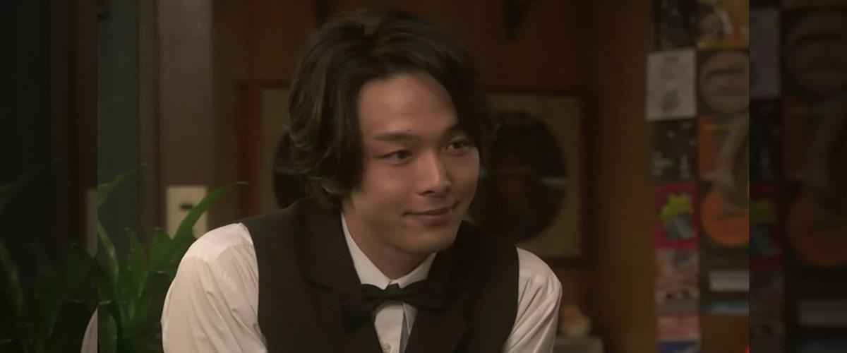 NHK朝の連続テレビ小説「半分、青い。」。スズメの恋人!?律(りつ)のお友達、朝井正人(あさいまさと)役演じる、中村倫也(なかむらともや)さん。